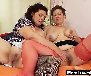 Gray shorthaired mother lesbian games