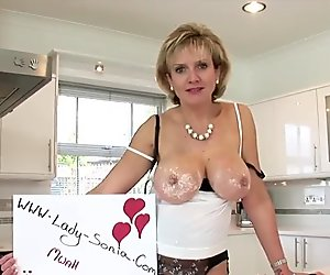 Cheating english mature lady sonia flashes he