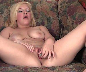 Smiling Blondie Masturbating Her Pussy