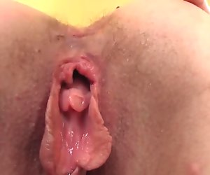 German milf pussy spunked