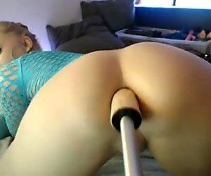 girl anal fuck machine show