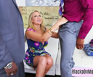 Sext classy blonde bends over for dick