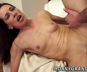 Stretched cougar facial