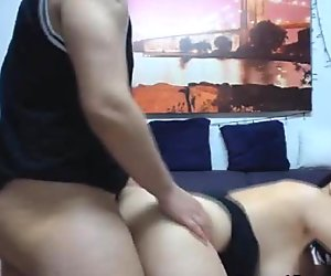 Amateur Babe Gets Anal Fucked And Swallow Cum Live