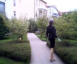 latex gummi high heels outdoor fetish bdsm nutte slut