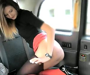 Amateur babe shows off ass and pounded in the backseat
