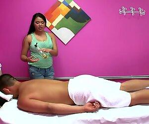 Hidden cam massage turns into sex for cash & amazing BJ