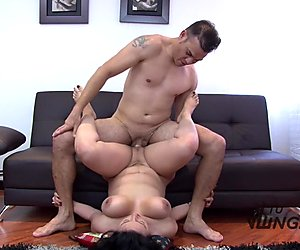 Tu Venganza - Latina Maria riding cock on the couch