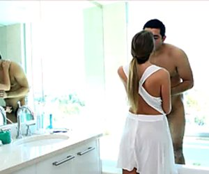 Curvey blonde gets clean to get dirty all over