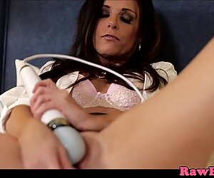 Gorgeous glamour cougar drilled roughly