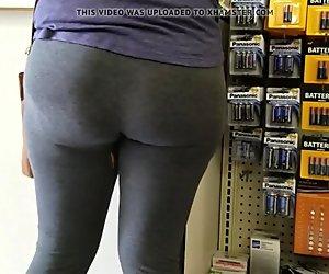 Meaty preggo booty