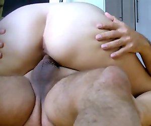 Girlfriend Moana serving her loverboy