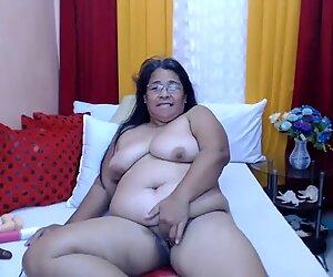 BBW granny masturbating