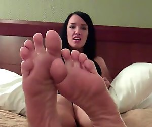Are my perfect litte feet making your horny?