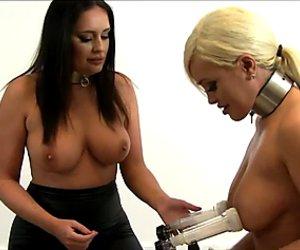 Milking machine and two sluts