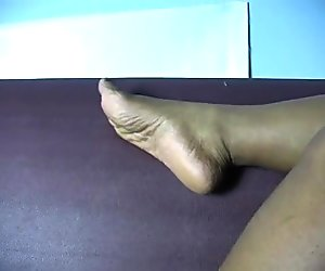 DeeDee Sexy Meaty Ebony Soles