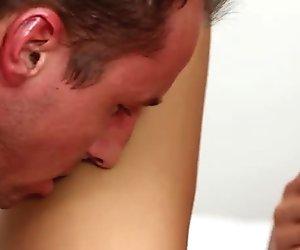 Tongue job for sextractive brunette Victoria Sweet