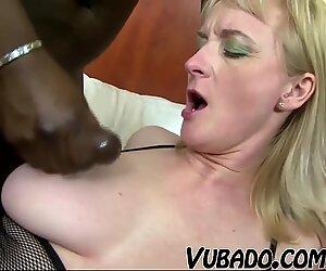 ebony pulverizes milky GRANNY !!