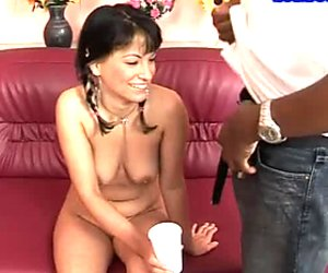 Hussy brunette drinks pee of one cocky black dude