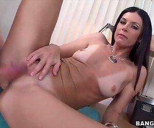 Sweet India Summer loves big dicks