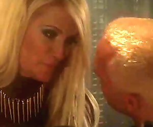 Hot and sexy forensic detective turns on horny Jessica Drake