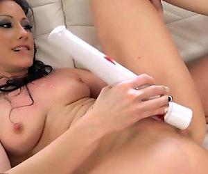 Jennifer White Furious Masturbation and Hard Fuck