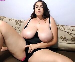 big globes fleshy girl is having some fun