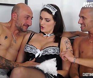 Letsdoeit - horká italky služebná dostane dvojitou penetraci v obsazení dva muži jedna žena