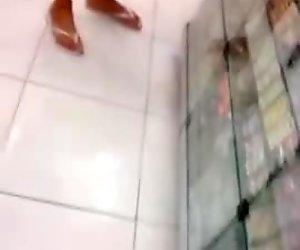 moreninha deliciosa de leg